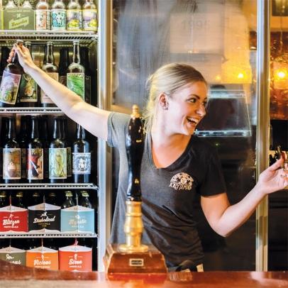 bartender at jolly pumpkin