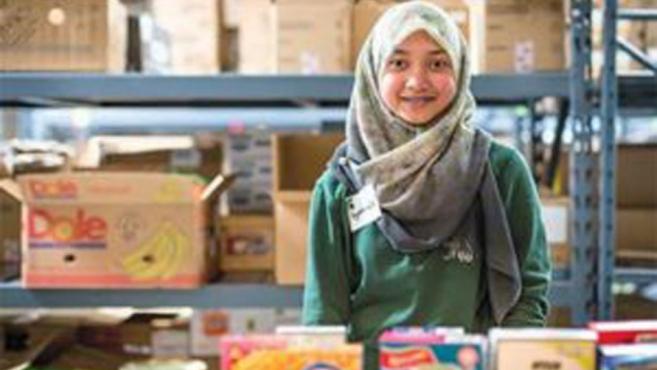 volunteer at MSU foodbank